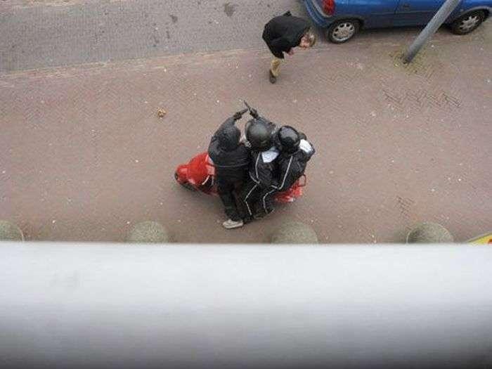 Невдале пограбування (16 фото)
