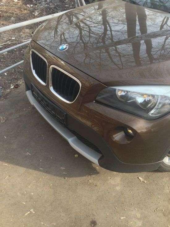 Бізнес по-російськи або як крадуть номерні знаки з автомобілів (3 фото)