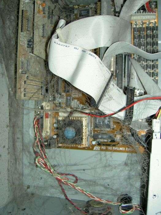 Страх і жах всередині системних блоків (40 фото)