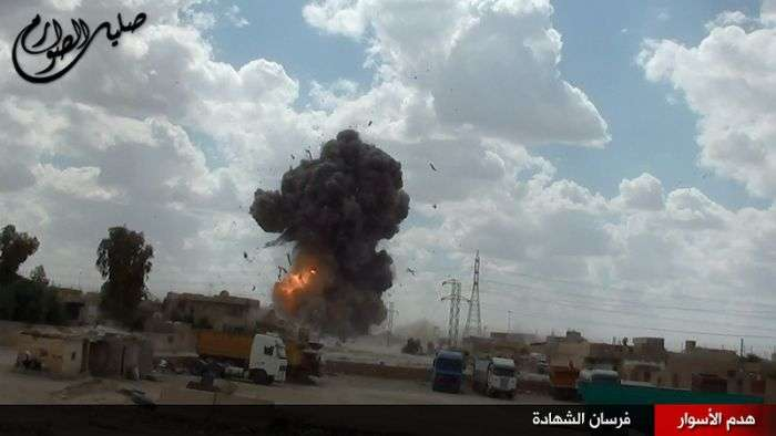 Ексклюзивний фотозвіт про джихадистах в сучасному Іраку (41 фото)