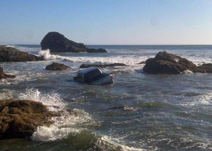 Фотосесія тюнингованного авто пішла не за планом (3 фото)