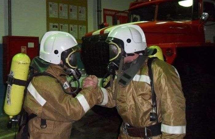 Як бути пожежником насправді (4 фото)