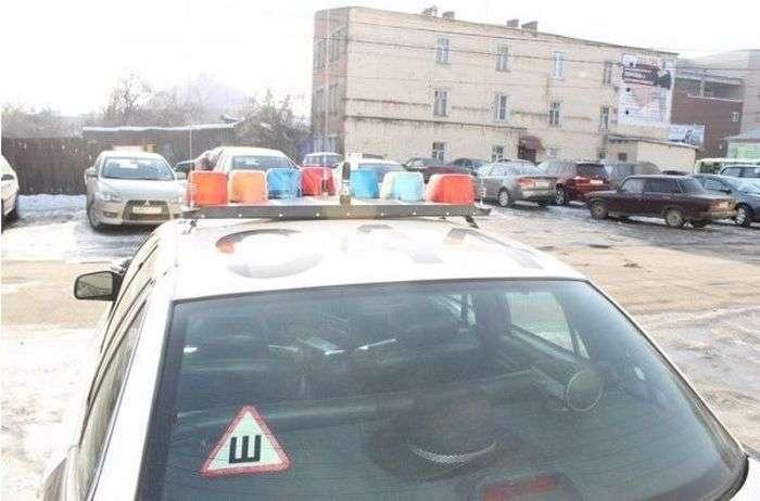 Поліція Нью-Йорка тепер працює під прикриттям в таксі (5 фото)