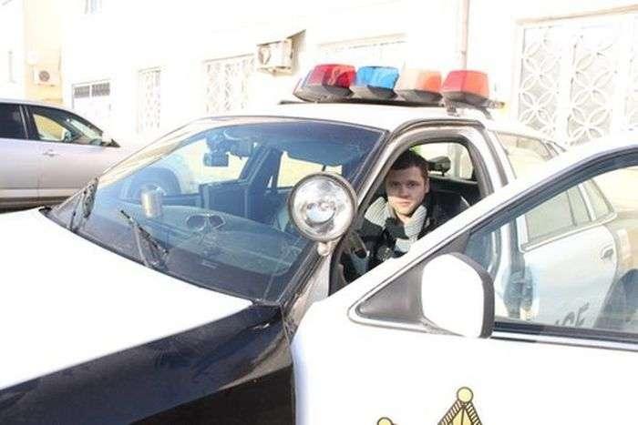 Автомобіль поліції США в Тулі (7 фото)