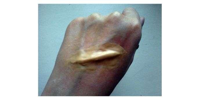 Вчимося робити правдоподібні порізи на своєму тілі (11 фото)