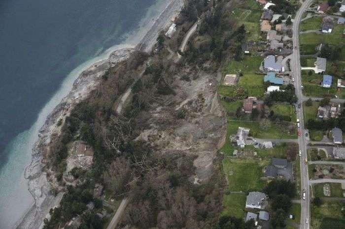 Страшний зсув на острові Уидби в США (11 фото)